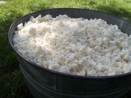 shredded natural latex fill close bucket