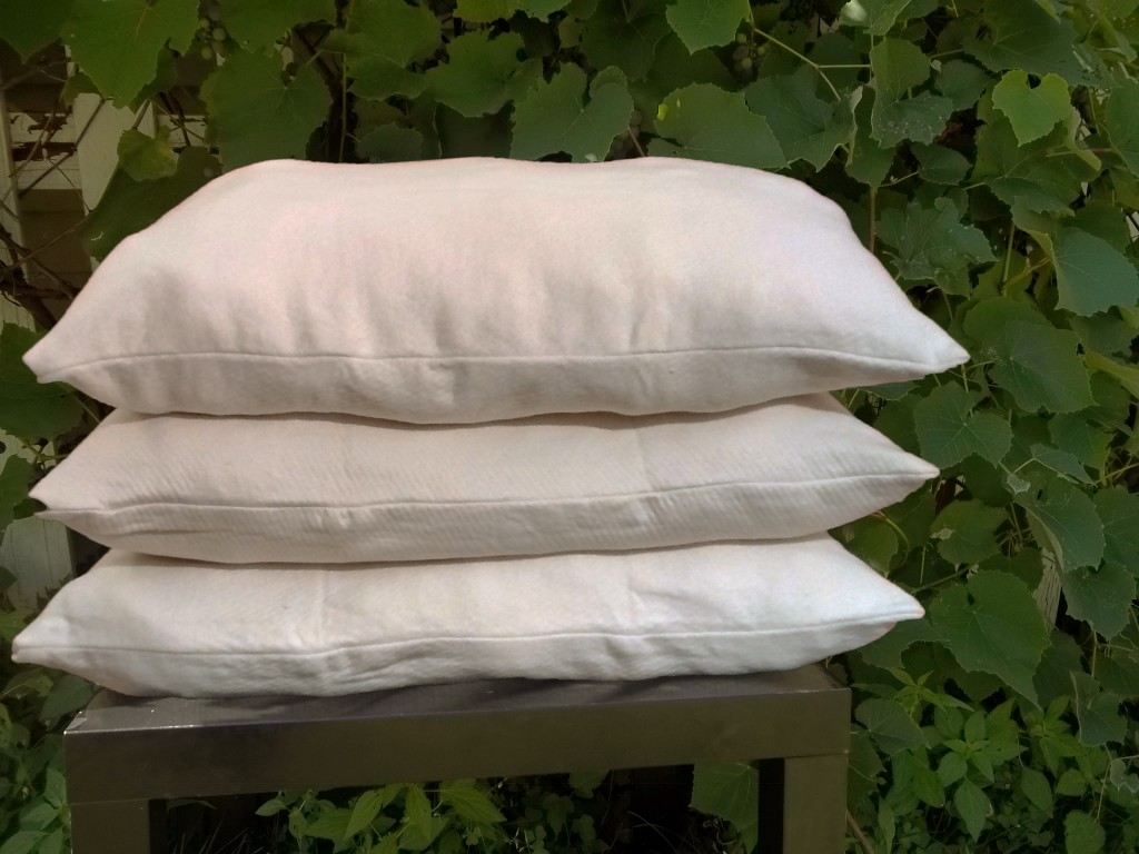 Woolly Bolas Pillow Kit